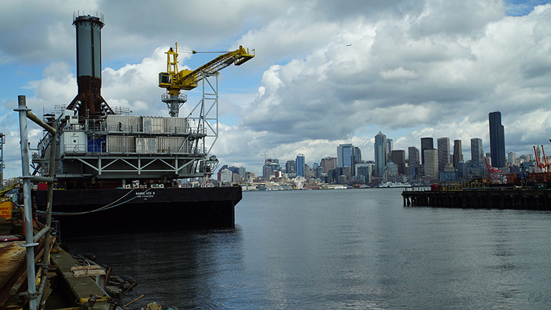 Deutsche-Oel-Gas-Transport-Monopod-Seattle